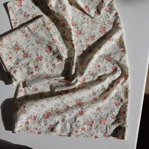 VINTAGE Pair Shabby Chic Floral Pillowcases